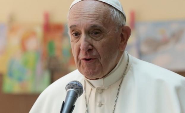 Папа Франциск за асоциалността на социалните мрежи