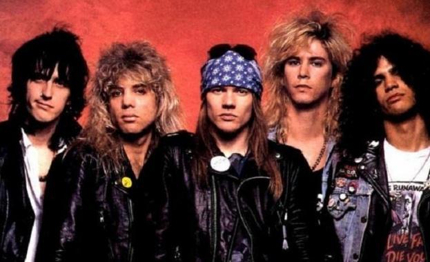 Групата Guns N 'Roses съди пивоварна в Колорадо, че е