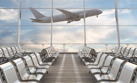 45 полета са отложени или отменени в Москва