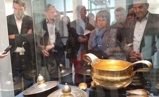 Показват Вълчетрънското златно съкровище в Археологическия музей Пловдив