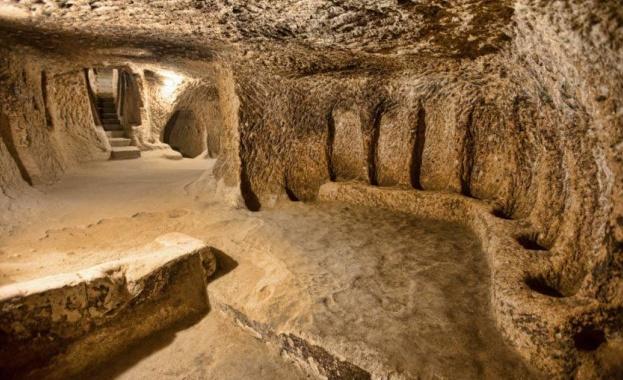 Най-големият подземен град в света, открит по време на реставрационни