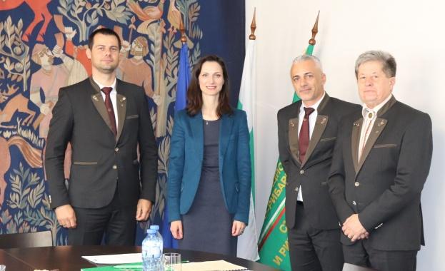 Ръководството на НЛРС-СЛРБ се срещна с Мария Габриел