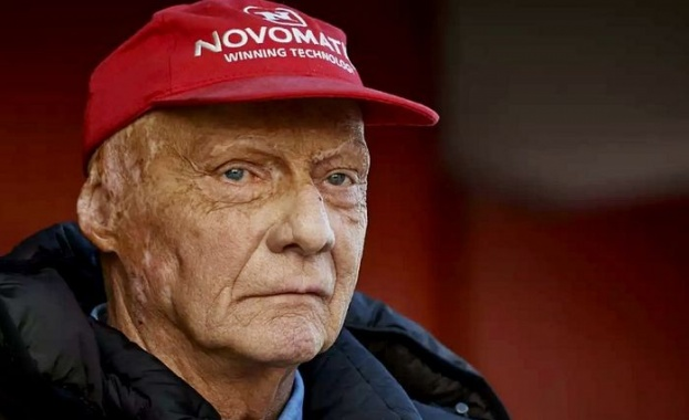 На 70-годишна възраст почина трикратният световен шампион от Формула 1