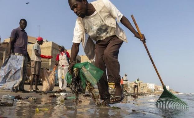 600 000 тона отпадъци се изхвърлят в Средиземно море