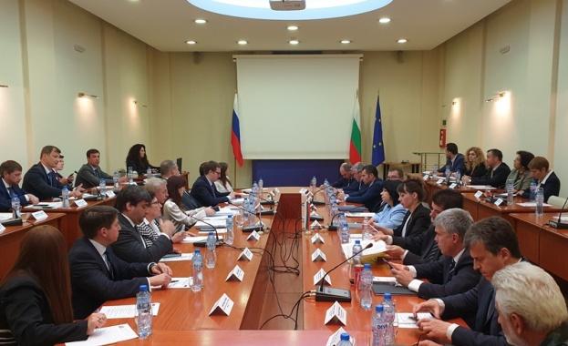 Министър Петкова: Русия е стратегически партньор на България в енергийната област