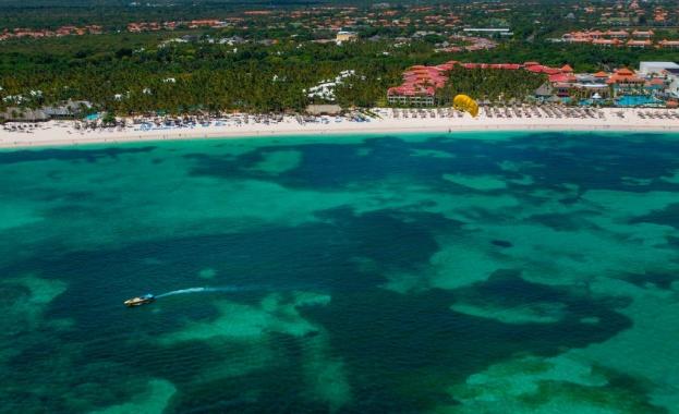 Шестима привидно здрави американски туристи внезапно починали в хотелските си