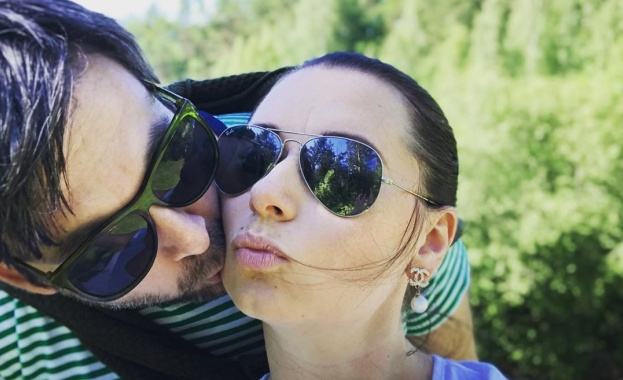 Сексоложката Наталия Кобилкина се отдаде на почивка с любимия си