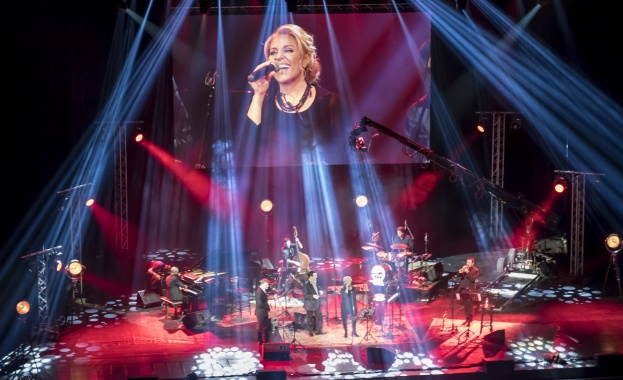Хилда Казасян стартира националното си турне с два големи концерта,