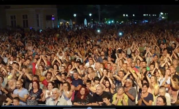 Сърдечно видео послание - поздрав за Ямбол и неговите жители