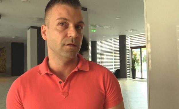 Хотелиерът, който беше задържан вчера от полицията в курорта