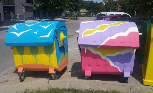 Млада пловдивска художничка преобрази контейнери в квартал Смирненски. С помощта