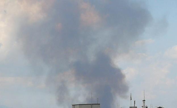 Пожар гори край София в района на Северната скоростна тангента,