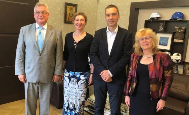 В Бургас се проведе работна среща между Владимир Климанов, генерален