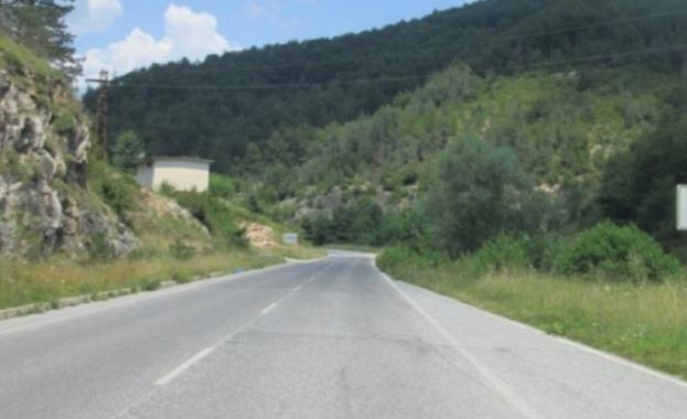 Снимка: Ограничава се движението по пътя Средногорци - Рудозем