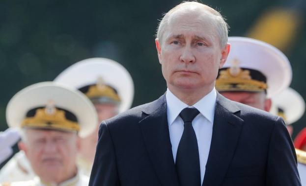Руският президент Владимир Путин заяви готовността на флота да даде