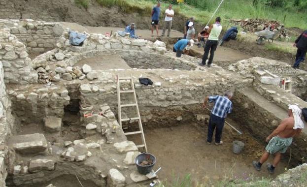 Кабинетът отпусна 100 хил. лв. за археологически разкопки в Рупите