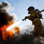 Голям пожар гори във Варна