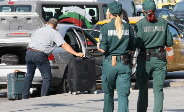 Трите сигнала за бомби – на две летища и в БНТ, се оказаха фалшиви