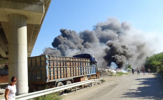 Фирмата, която е струпала отпадъците под 62-ия километър на магистрала
