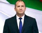 Радев: Скандалите в правителството са унищожителни