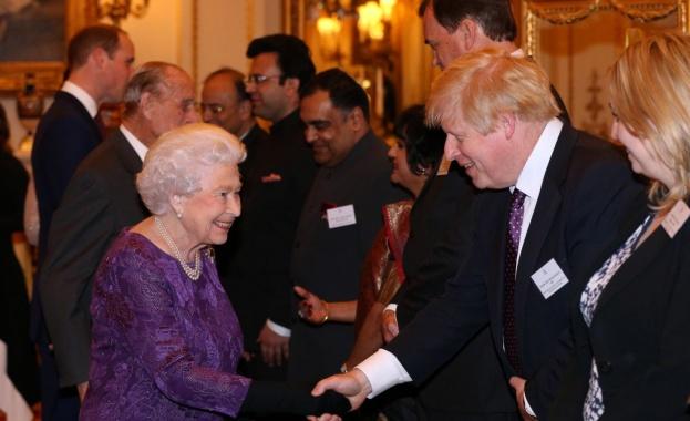 Премиерът на Великобритания Борис Джонсънпланира да потърси съдействие от кралица