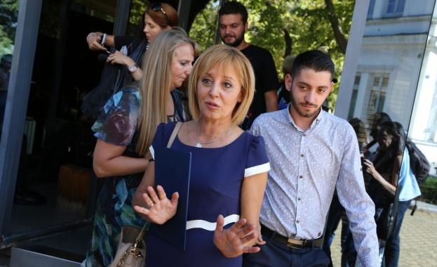 Мая Манолова е катастрофирала, обявява до часове дали ще се кандидатира за кмет