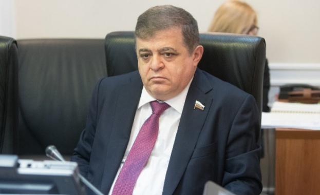 Първият заместник-председател на комитета по външни отношения на Съвета на