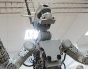 Пенсионираха робота Фьодор само след един полет