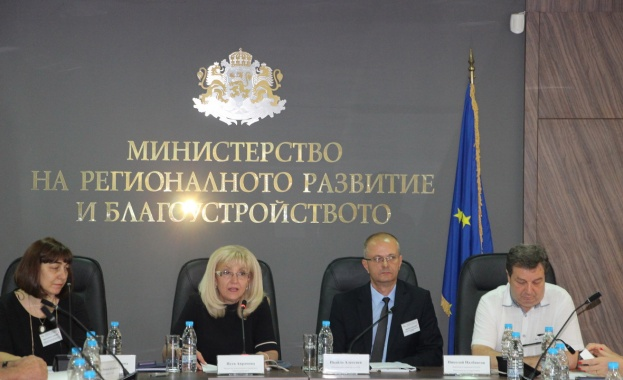 По програми на МРРБ до сега в България са санирани над 2220 сгради