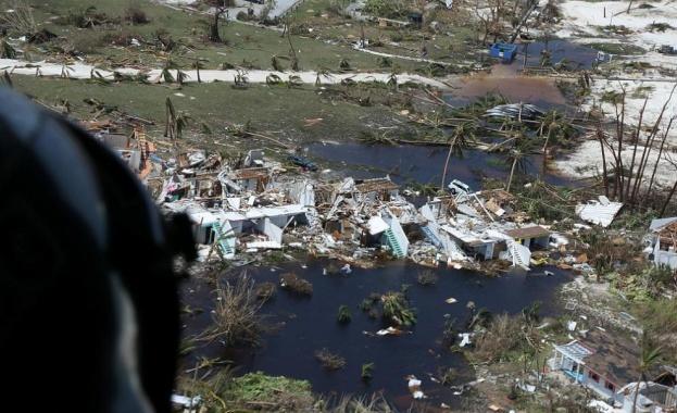 2500 души са в неизвестност след урагана Дориан над Бахамите