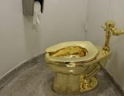 Арестуваха втори заподозрян за кражба на златната тоалетна на Чърчил