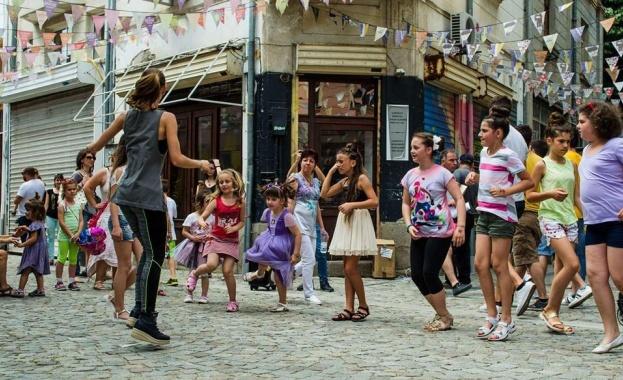 В първия Ден на отворените улици в Европа, 22 септември