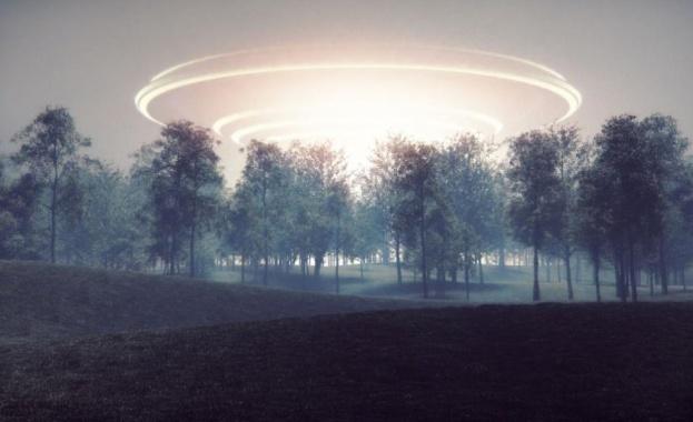 Снимка: Пентагонът обяви за автентични три записа на НЛО