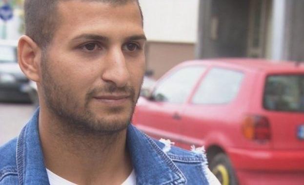 Починалият на ринга в Албания български боксьор Борис Станчов се