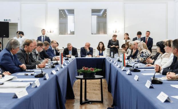Във Варна заседава Междуправителствената руско-българска комисия
