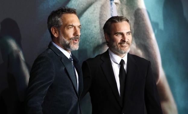 """Снощи беше премиерата на """"Жокера"""" в Холивуд. Десетки звезди преминаха"""