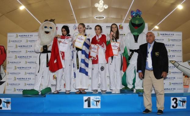 Александра Георгиева с бронзов медал от европейско първенство за кадети