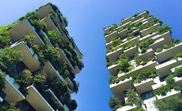 """""""Вертикалната гора на Милано или двете окичени със зеленина високи"""
