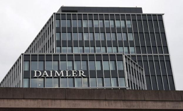 """Германският федерален орган по транспорта разпореди на """"Даймлер"""" да изтегли"""