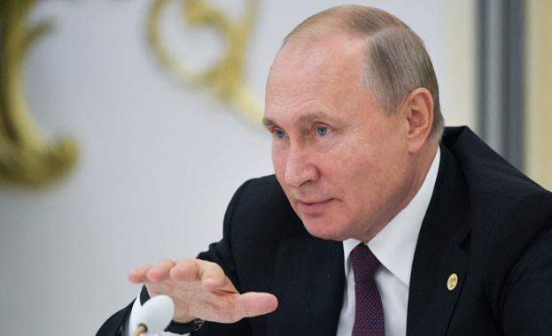 Путин: Пещерни русофоби обявиха война на руския език по цял свят