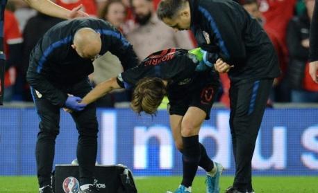 Модрич няма да играе в дербито Барселона – Реал