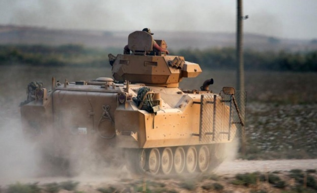 Съединените щати информираха Турция, че изтеглянето на кюрдските сили от
