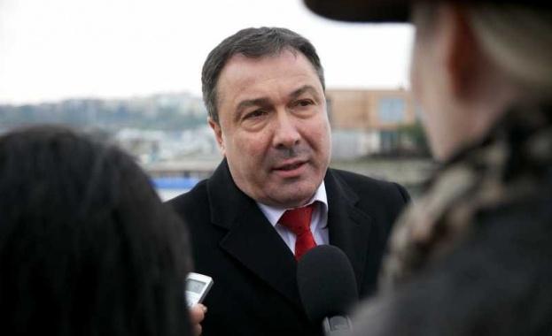 Специализираната прокуратура повдигна тази нощ обвинения на независимия кандидат-кмет на