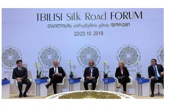 България полага необходимите усилия за изграждането на модерна железопътна и