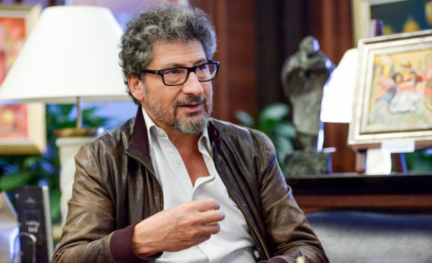 Кинорежисьорът Раду Михайляну е роден в Румъния, но още през