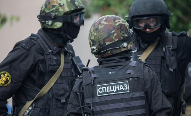 Служители на Федералната служба за сигурност на Русия задържаха 18-годишен