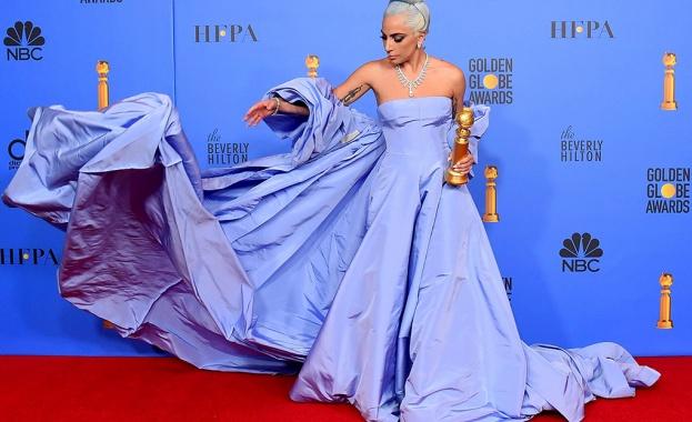 Лейди Гага отмени концерт 20 минути преди началото му