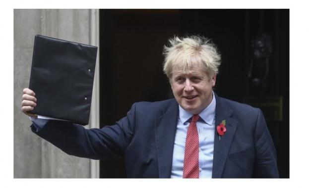Британският премиер Борис Джонсън се извини, че на 31 октомври