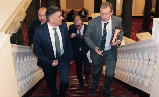 Министърът на правосъдието Данаил Кирилов се срещна днес в Народното