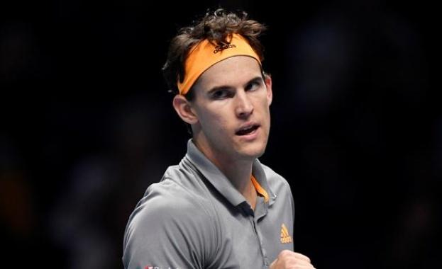 Доминик Тийм победи Роджър Федерер със 7;5, 7:5 в първи